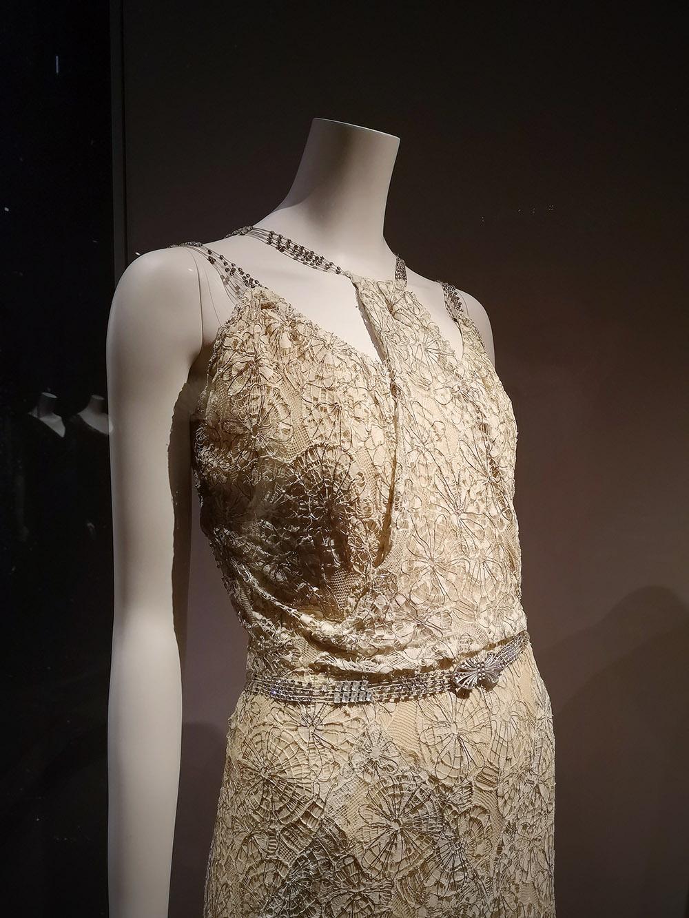 Evening dress (detail) / 1933-34 / Paris, Patrimoine de Chanel
